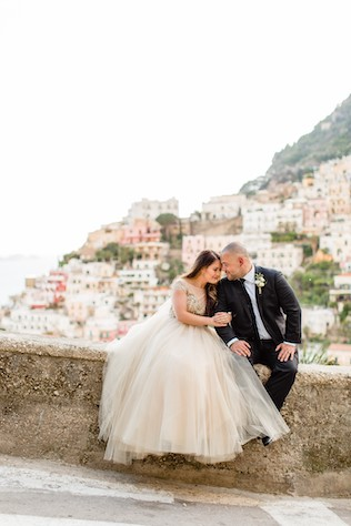 couple overlooking positano