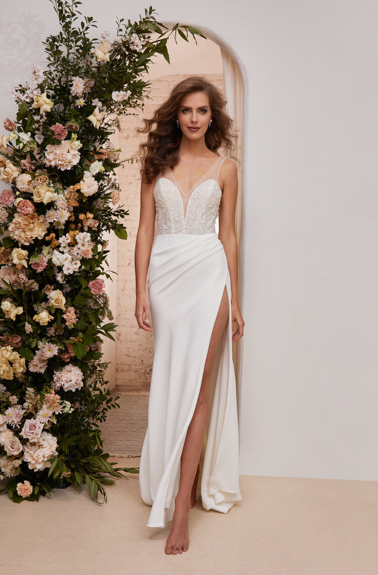 Destination Weddings   Contents tagged with Dress Shopping   Tags